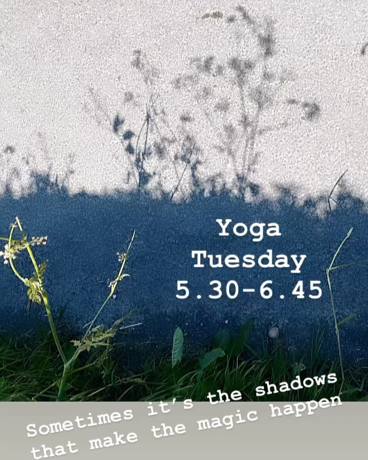 Oxford Yoga - Shadows