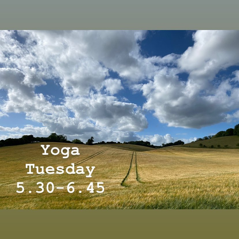 Oxford Yoga - Cloudy Field